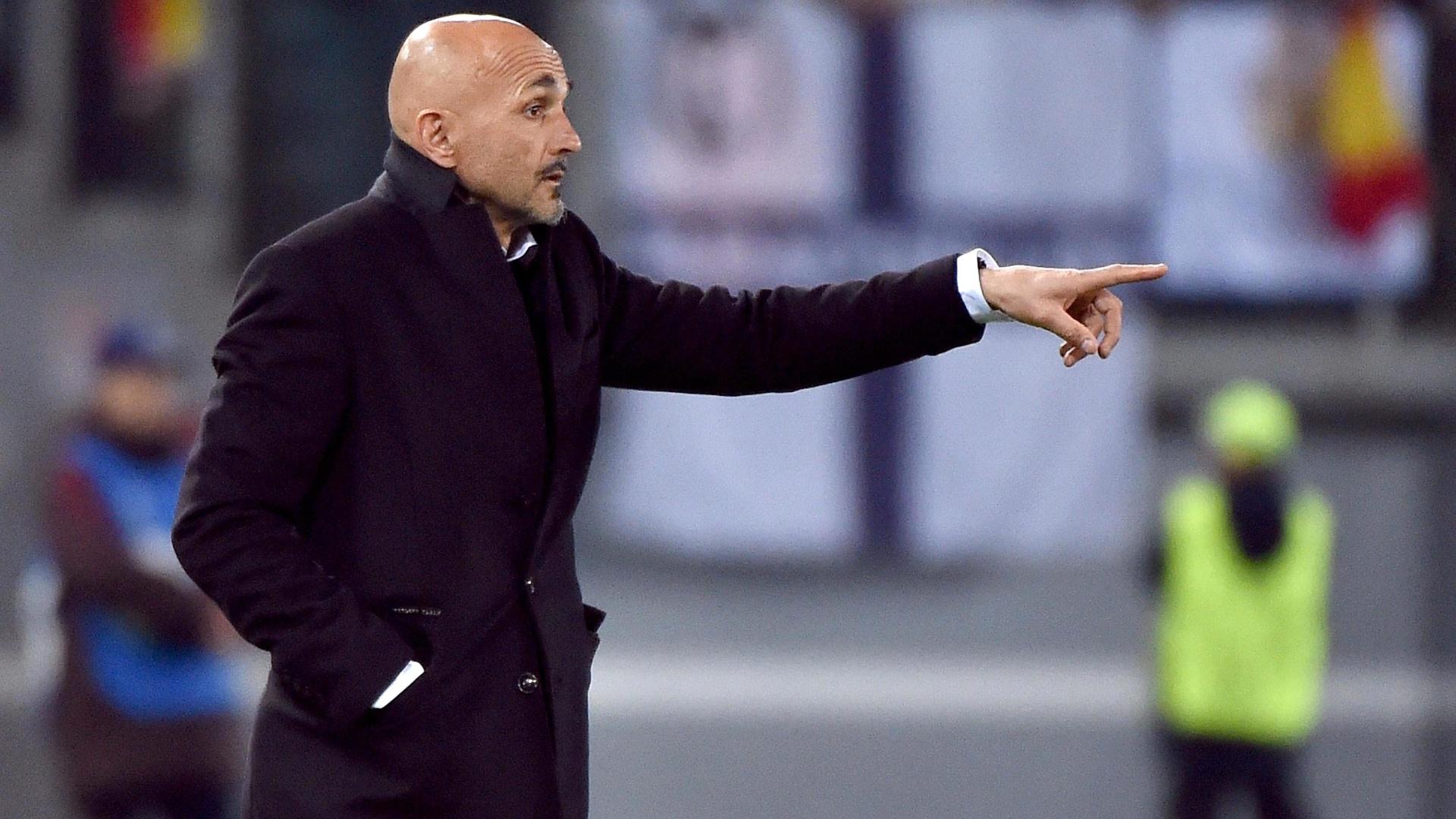 Luciano Spalleti orienta a equipe da Roma contra o Real Madrid pela Liga dos Campeões