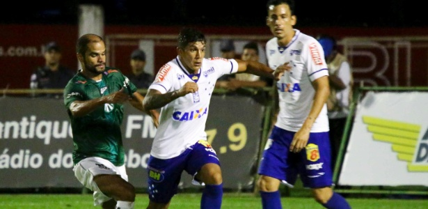 Lucas Romero passou a atuar mais recuado no time do Cruzeiro