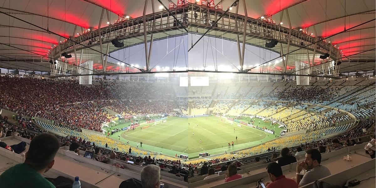 Comparativo das torcidas de Flamengo e Botafogo no Maracanã para as semifinais do Campeonato Carioca 2017