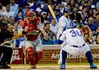 Torcedor morre após cair de cabeça de arquibancada em jogo de beisebol - Matt Marton-USA TODAY Sports