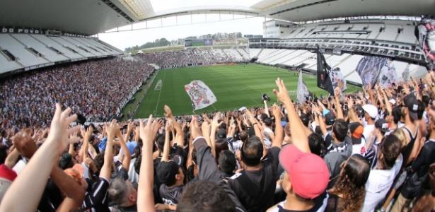 Arena Corinthians foi palco de treino com 32 mil torcedores no local