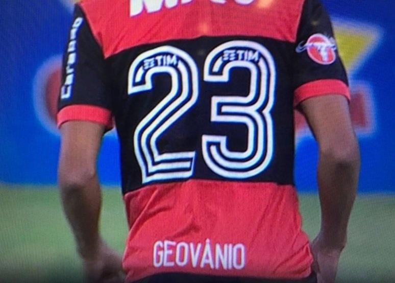 Nome de Geuvânio, do Flamengo, estava errado na camisa