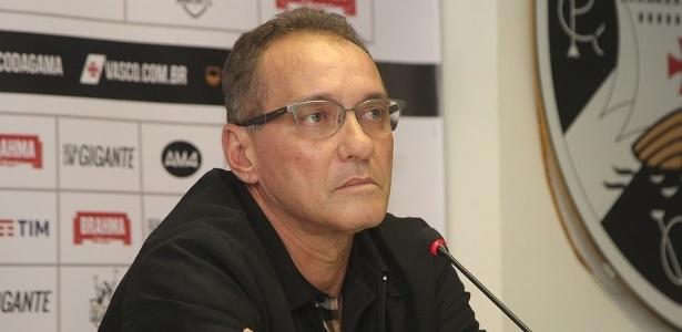 Coordenador técnico do Vasco PC Gusmão teve carro danificado por torcedores em protesto - Paulo Fernandes/Vasco.com.br
