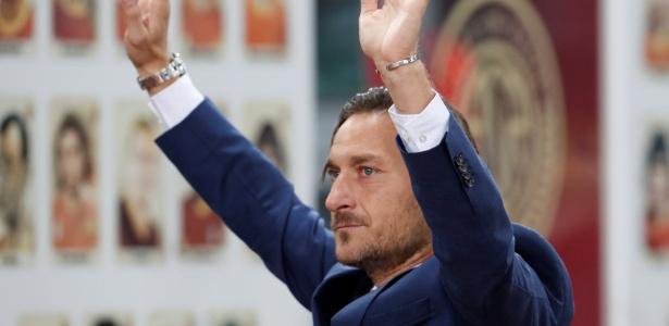 Totti elogiou o desempenho do Porto, mas viu a Roma com sorte no sorteio das oitavas
