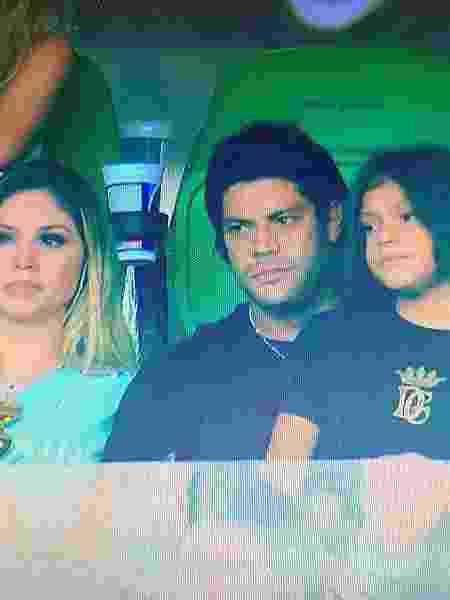 Hulk levou os filhos e a namorada, Camila, para o jogo entre Palmeiras e Mirassol - Reprodução