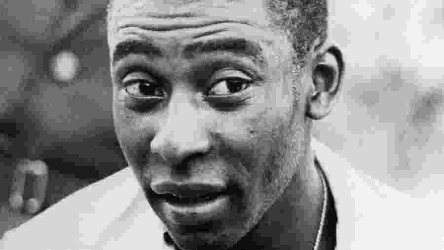 Edson Arantes do Nascimento, o Pelé, em 1969, pelo Santos - Schirner/ullstein bild via Getty Images