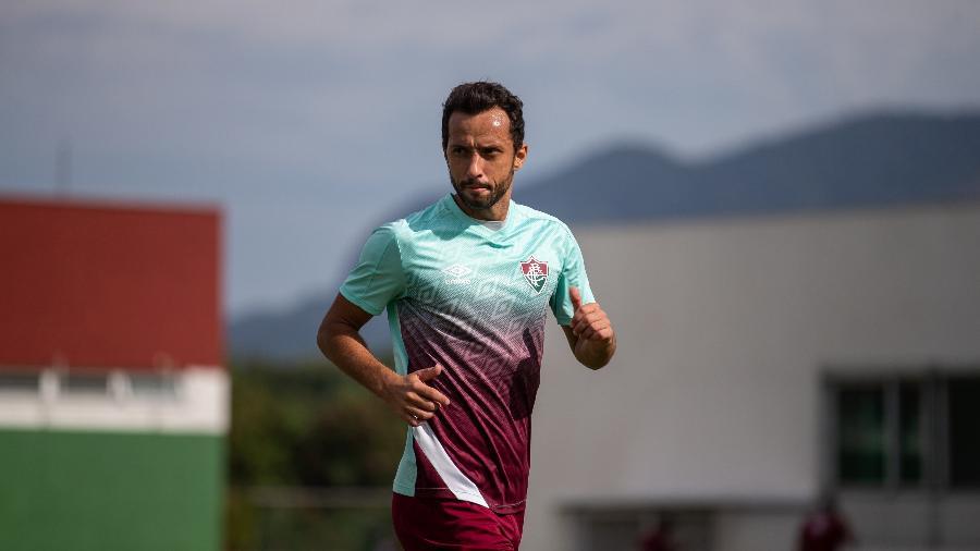 Recuperado da covid-19, Nenê voltou a treinar com o grupo do Fluminense no CT Carlos Castilho - Lucas Mercon/Fluminense FC