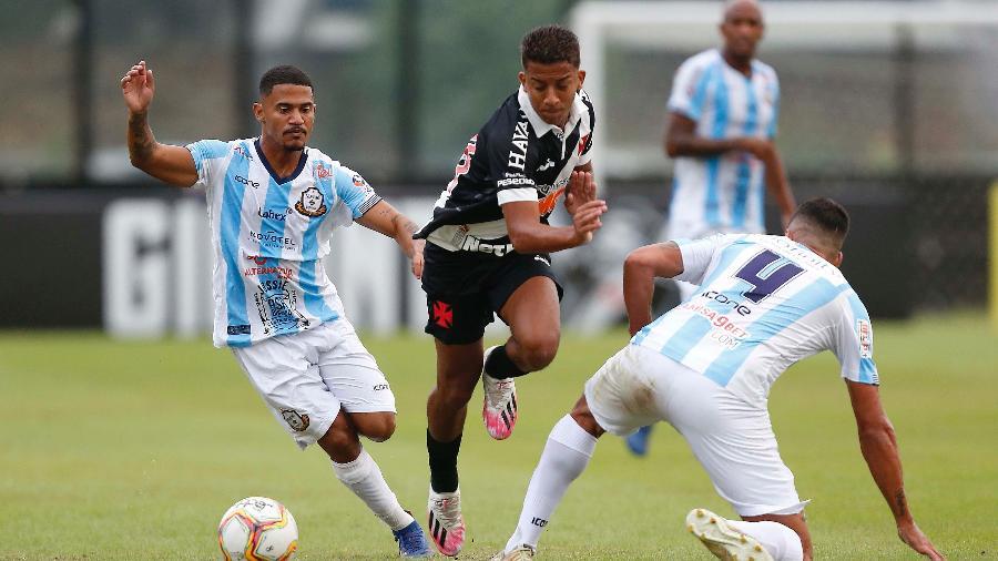 Atacante Vinícius, de 19 anos, vinha sendo um dos grandes destaques do Vasco na temporada - Rafael Ribeiro / Vasco