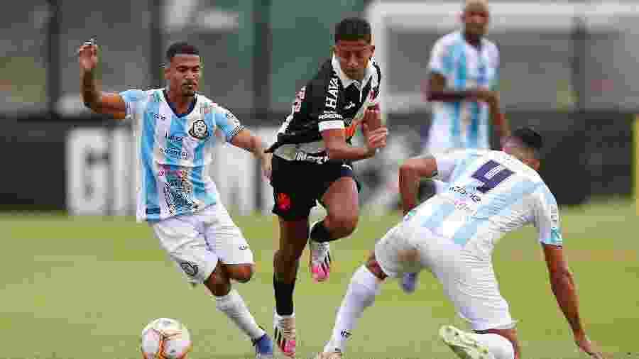 Atacante Vinícius, de 19 anos, volta ao time titular do Vasco contra o Red Bull Bragantino - Rafael Ribeiro / Vasco