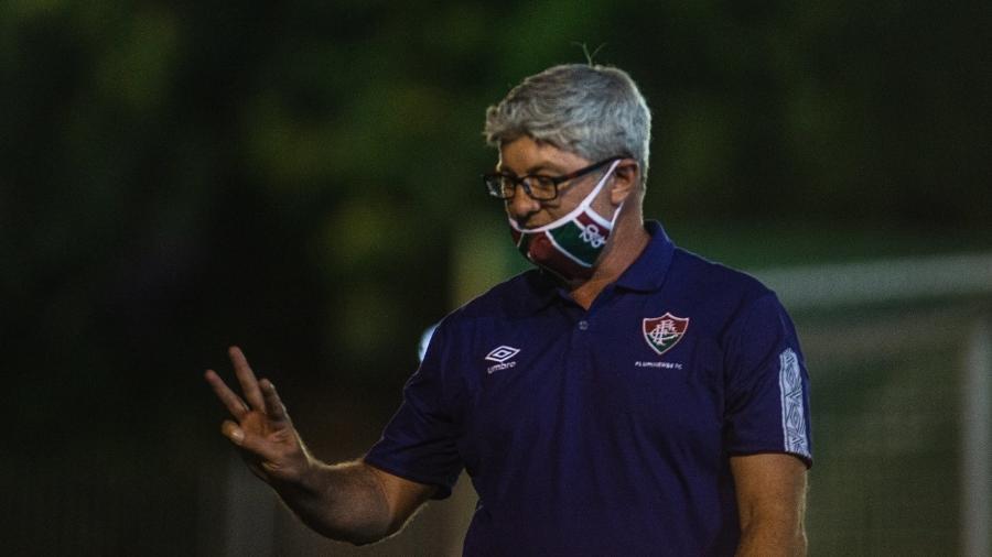 Odair Hellmann tem problemas para acertar o Fluminense após a pausa devido à pandemia do coronavírus - Lucas Merçon/Fluminense FC