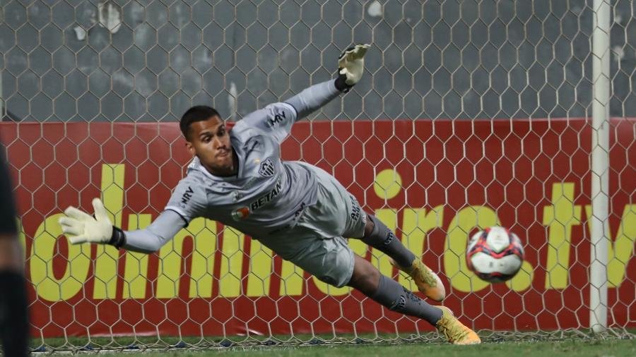 Matheus Mendes entrou na vaga do expulso Everson e defendeu pênalti cobrado pelo artilheiro do Mineiro - Pedro Souza/Atlético-MG