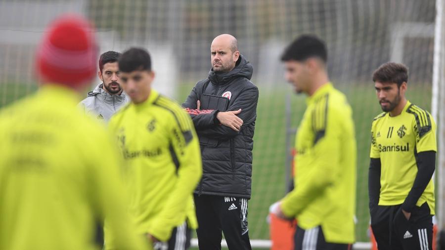 Miguel Ángel Ramírez vive dia de maior ameaça no comando técnico do Inter - Ricardo Duarte/Inter