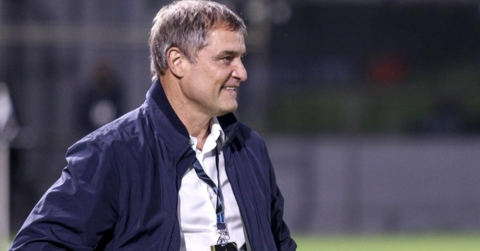Diego Aguirre, técnico do Internacional, durante partida pela Libertadores contra o Olimpia-PAR, em Assunção