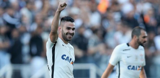 Bruno Henrique pode deixar o Corinthians nos próximos dias