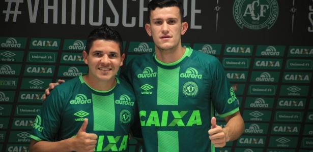 Nathan foi apresentado pela Chapecoense no início desta temporada ao lado de Diego Renan