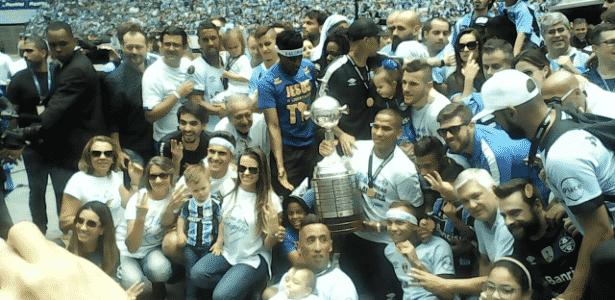 Recepção ao Grêmio tem drone de Jael 74deae1c20e2a