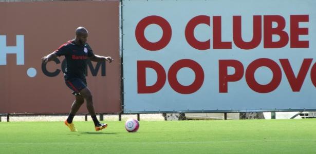 Patrick foi bem e será mantido como titular do Inter diante do Juventude