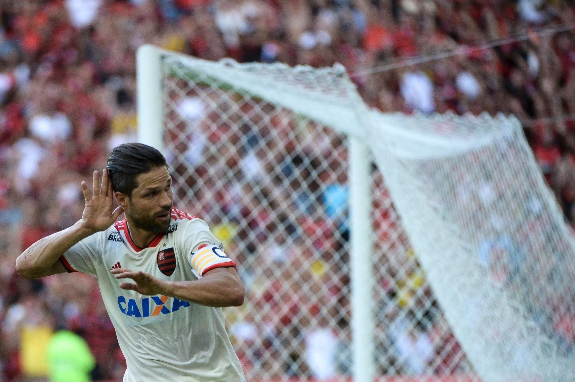 Fla vence Bahia com gols de Diego e Paquetá e se isola na liderança -  31 05 2018 - UOL Esporte 441a06a281974