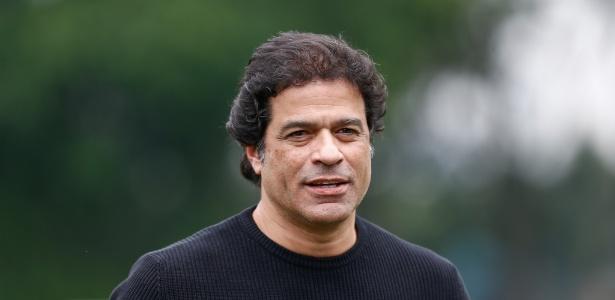 O executivo Raí falará com os conselheiros do São Paulo sobre o momento do time