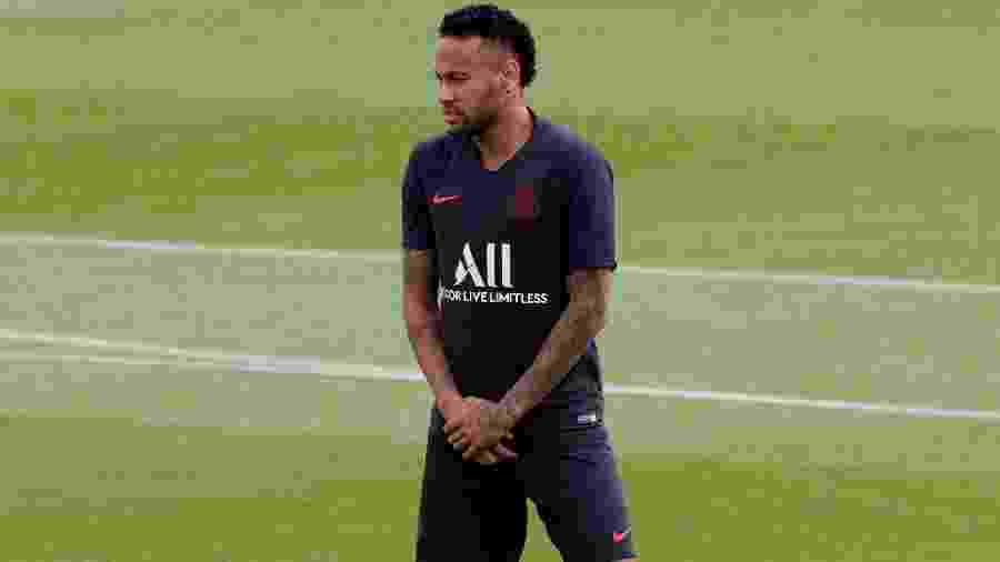 Neymar em treino do Paris Saint-Germain - Philippe Wojazer/Reuters