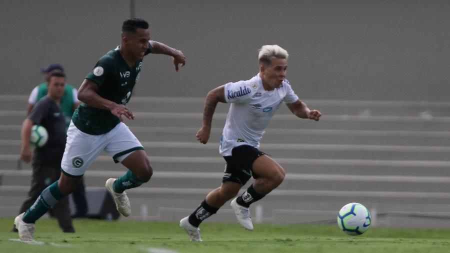 Soteldo, atualmente no Santos, interessa ao Atlético-MG no mercado da bola - HEBER GOMES/AGIF/ESTADÃO CONTEÚDO