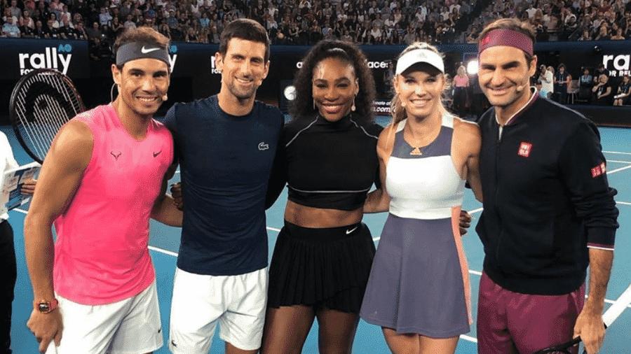 Rafael Nadal, Novak Djokovic, Serena Williams, Caroline Wozniacki e Roger Federer em partida beneficente  - Reprodução/Instagram