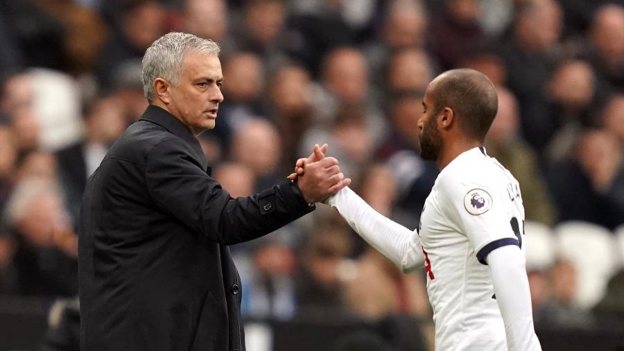 Lucas Moura defendeu o treinador após a queda na última semana - John Walton/PA Images via Getty Images)