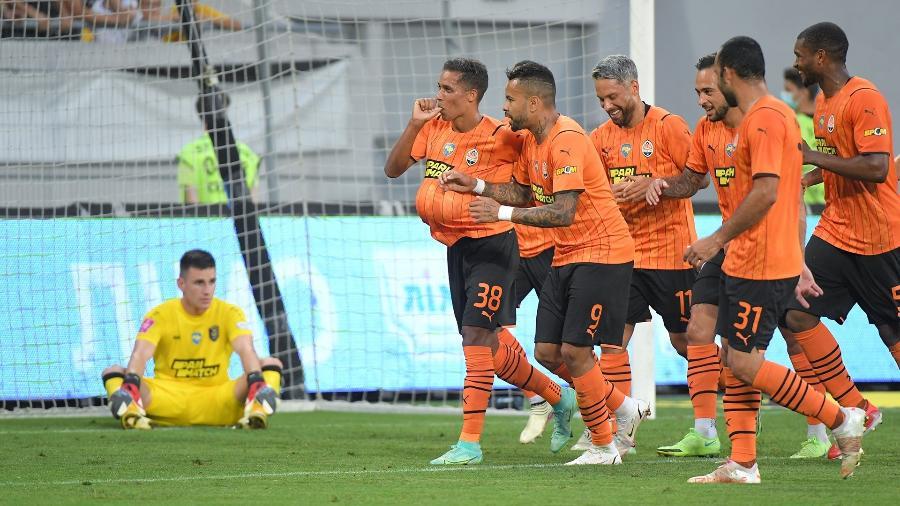 Pedrinho comemora seu primeiro gol com a camisa do Shakhtar Donetsk na Ucrânia - Divulgação