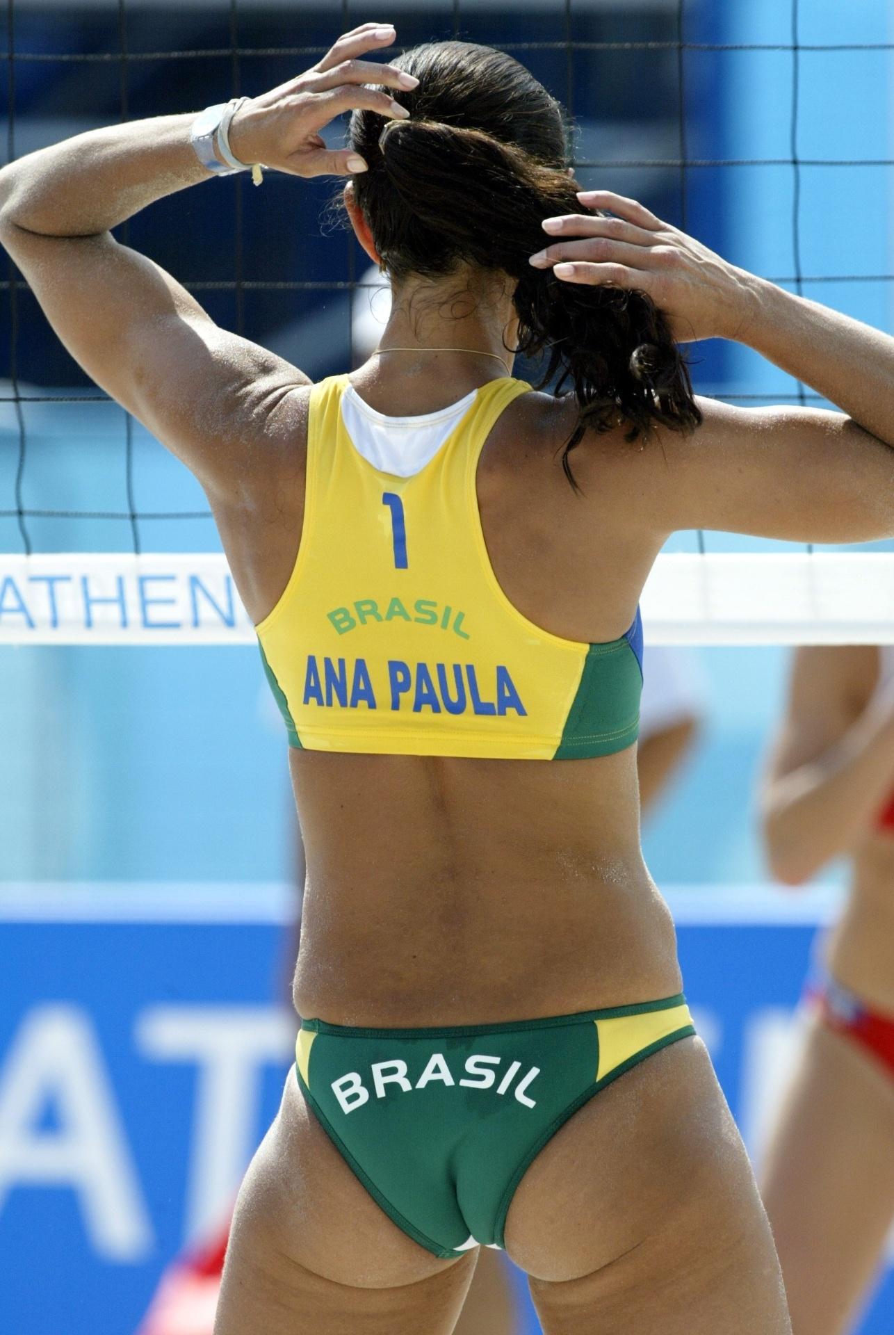 Modelo mais cavado de Ana Paula na Olimpíada de 2004. Cada vez mais uma tendência