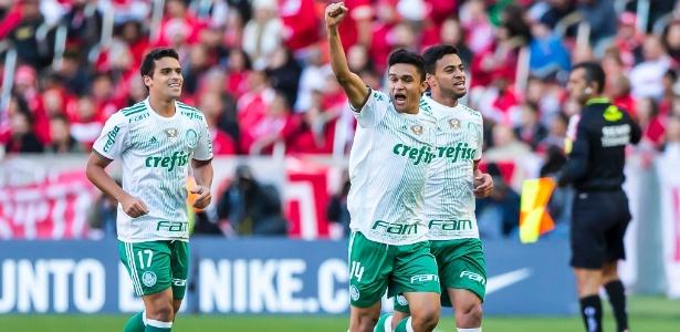 Erik deve reforçar o Atlético-MG em 2018 e é desejado pelo clube mineiro desde 2015