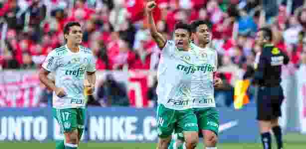 Erik deve reforçar o Atlético-MG em 2018 e é desejado pelo clube mineiro desde 2015 - Jeferson Guareze/Agif/Estadão Conteúdo