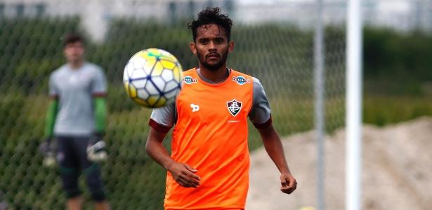 Gustavo Scarpa é um sonho de consumo do Palmeiras para 2017 - NELSON PEREZ/FLUMINENSE F.C.