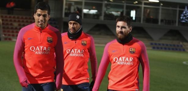 Suárez, Neymar e Messi estão de volta aos treinos do Barcelona