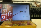 Milton cumpre promessa da Taça Rio e distribui chocolates para imprensa