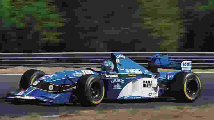 Fusão com a Lotus, novos motores e chegada de patrocinadores: com tudo isso, Pacific conseguiu pouca evolução ao longo da temporada de 1995 da Fórmula 1 - Pascal Rondeau/Getty Images