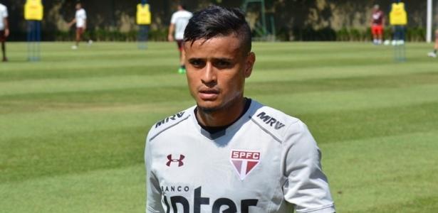 Everton foi apresentado com a camisa 18, mas já pediu para trocar de número - Érico Leonan/saopaulofc.net