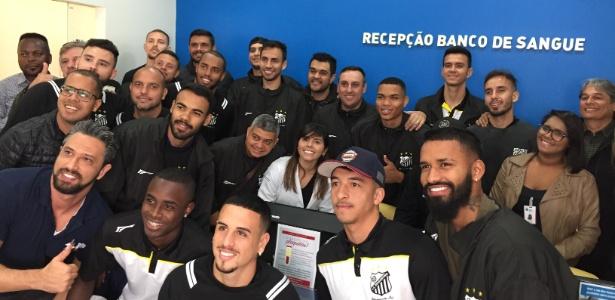 Jogadores do Bragantino doam plaquetas a Silas Brindeiro