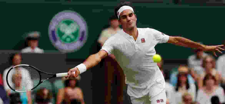 8edd93fe6c Federer avança em Wimbledon e vira recordista de vitórias do tênis ...