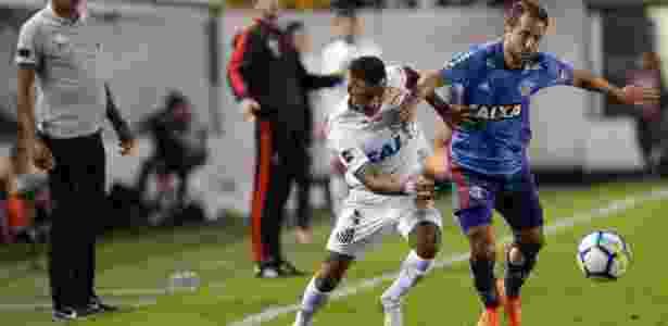 Santos e Flamengo empatam em jogo de bons dribles na Vila - 25 07 ... 5abef4fce6b06