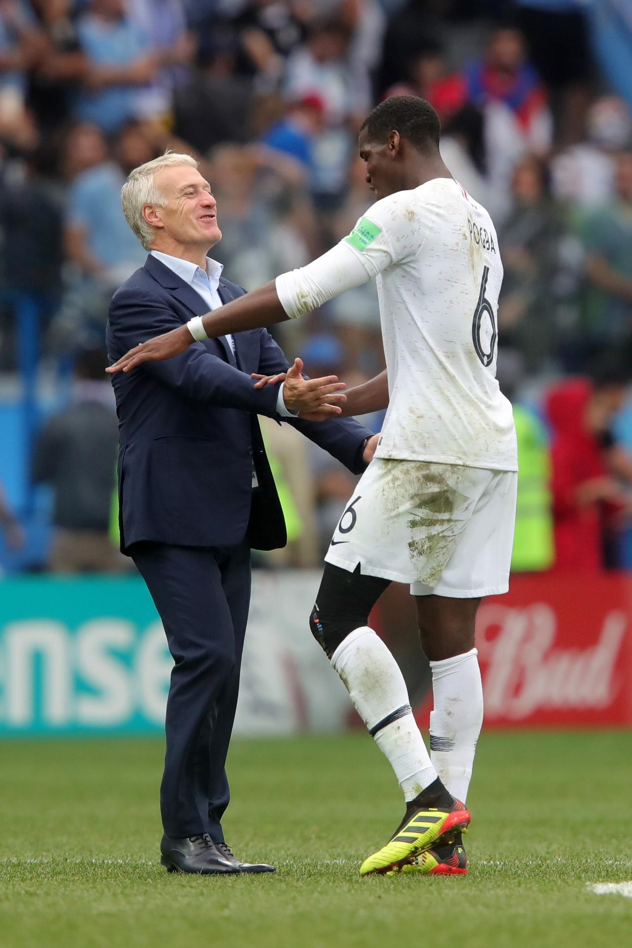 044b5eafb7 Deschamps trata repercussão sobre Pogba e Mourinho como
