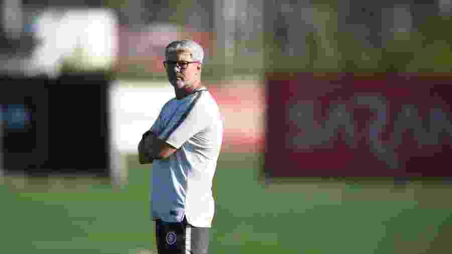 Odair Hellmann percebeu o Grêmio buscando levar a decisão para seu estádio - Ricardo Duarte/Inter