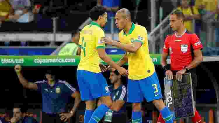 Miranda, durante partida da Copa América - REUTERS/Luisa Gonzalez - REUTERS/Luisa Gonzalez