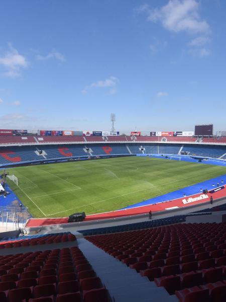 Estádio La Nueva Olla, em Assunção, palco de Cerro x Fluminense pela Libertadores - Norberto Duarte/AFP Photo