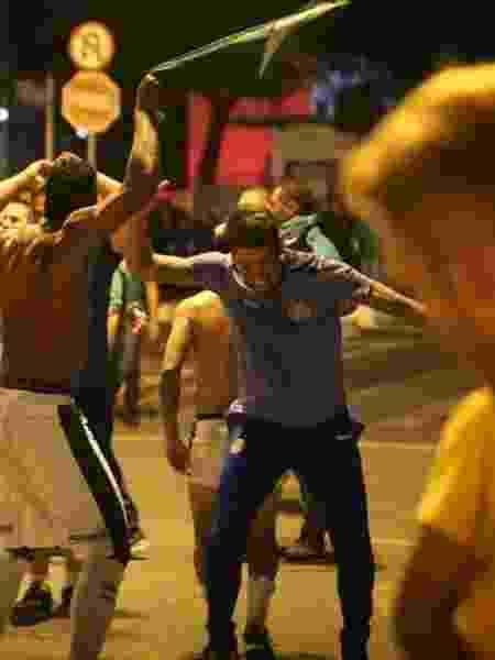 Guarani acabou com tabu de oito anos contra a Ponte e Carpini comemorou na rua com jogadores - Divulgação