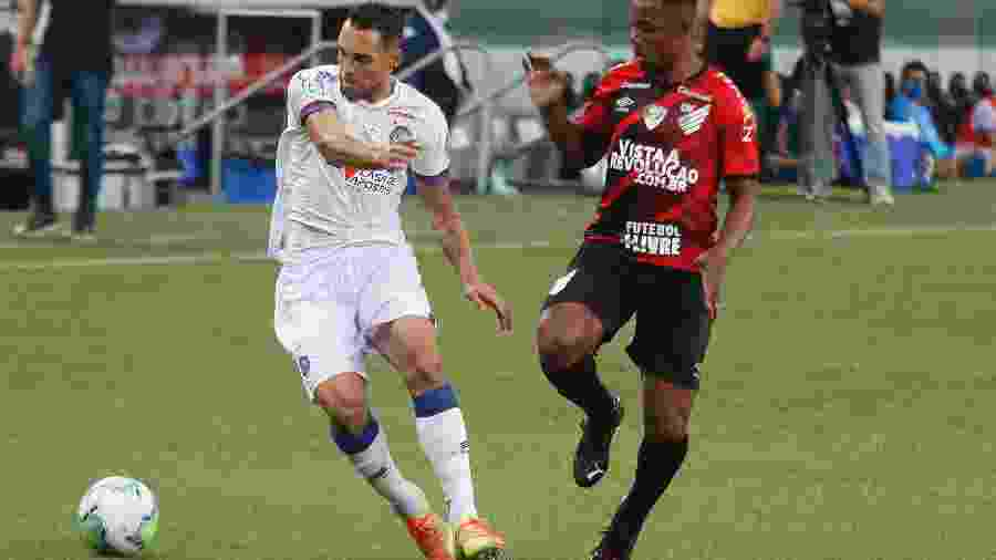 Com futuro indefinido no Athletico, volante Wellington surge como opção para reforçar o Cruzeiro de Felipão - Gabriel Machado/AGIF