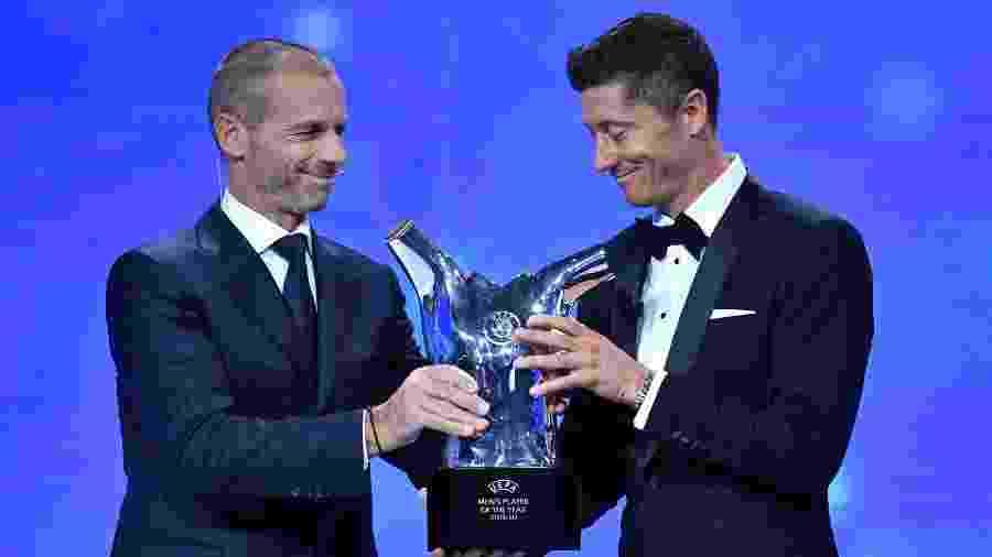 Aleksander Ceferin entregou prêmio de melhor jogador do ano da Europa ao atacante - Harold Cunningham - UEFA/UEFA via Getty Images