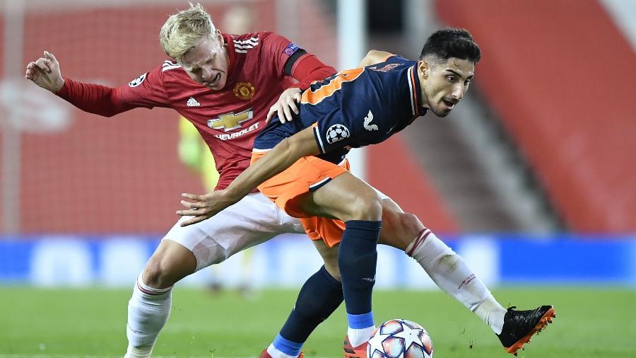 Manchester United e Istanbul Basaksehir se enfrentam no Old Trafford pela Liga dos Campeões - Reuters/Toby Melville