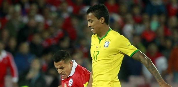 Luiz Gustavo e Alexis Sanchez estão na seleção dos atletas mais caros da Copa América