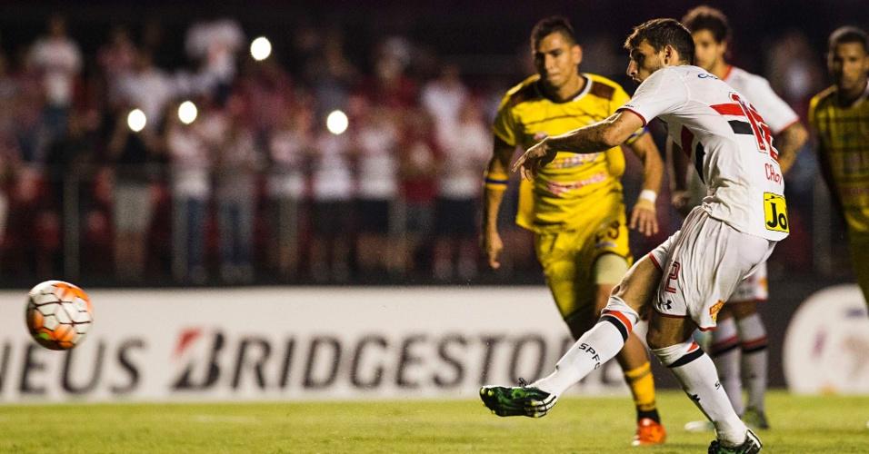 Calleri converteu duas cobranças de pênalti para o São Paulo contra o Trujillanos pela Libertadores