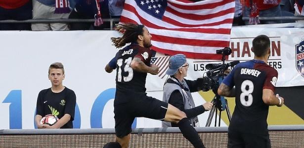 Dempsey, Jones (foto), Wood e Zusi marcaram para os EUA